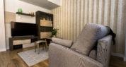 Salón con televisión – Apartamento Turístico Viñedos – RiojaValley
